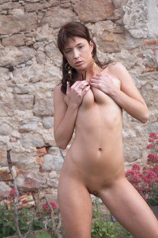 Erotic Beauty Leason Bijou