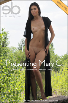 Erotic Beauty Presenting Mary C Mary C
