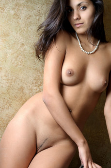 Erotic Beauty Kaveri Belinda A