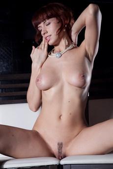 Erotic Beauty Presenting Leka Leka C
