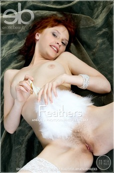 Erotic Beauty Feathers Anelie A