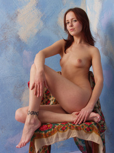 Erotic Beauty Imperial Maria