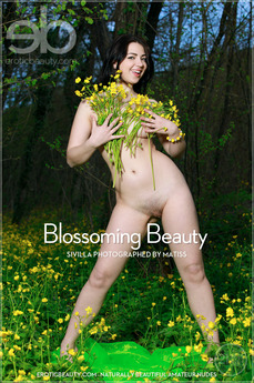 EroticBeauty - Sivilla - Blossoming Beauty by Matiss