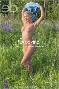 EroticBeauty - Sarika A - Grooving by Stan Macias