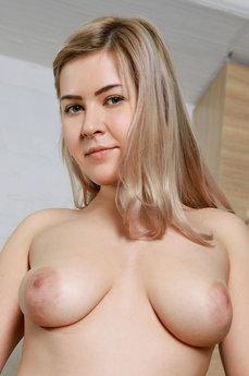 Alana B