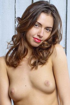Nadine B