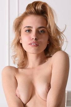Roxi A